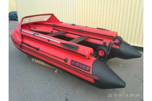 Надувная лодка GRACE WIND 420 в комплектации с фальшбортом и носовым тентом