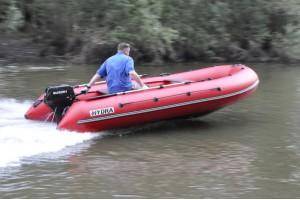 Лодка HYDRA Nova 400 «Про»